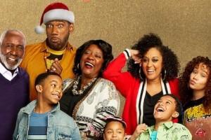 [家庭聚会圣诞特辑][HD-MP4/1G][英语中字][1080P][新晋爆笑美剧圣诞特辑]
